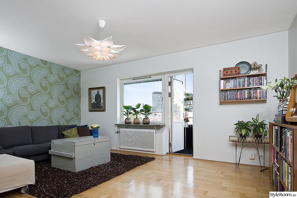 Fina Tapeter Till Vardagsrum : vardagsrum,stringhylla,tapet,taklampa,50-tal
