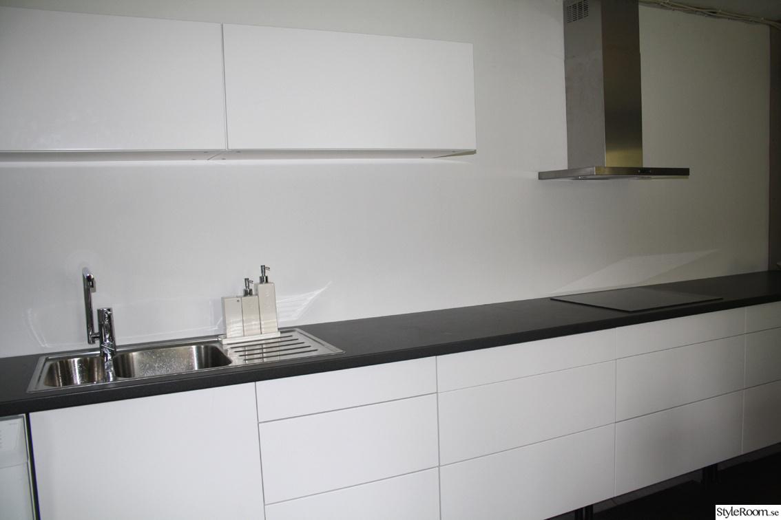 Kok Bankskiva Ikea :   kok,vitt kok,svart bonkskiva,inga handtag,cult design,ikea kok