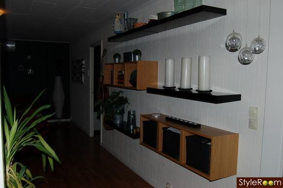 ikea vägghyllor ~ vardagsrummet  ett inredningsalbum på styleroom av sia