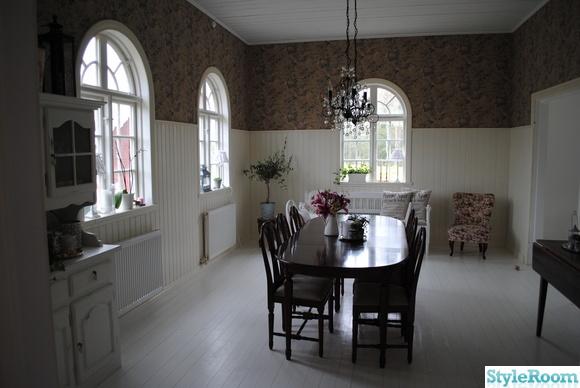 pärlspont,lewis&wood,gustaviansk stil,vitmålat golv,lantligt