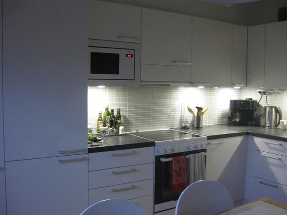 Vita Kok Med Gratt Kakel : Vita kok med grott kakel ~ Zeedubcom