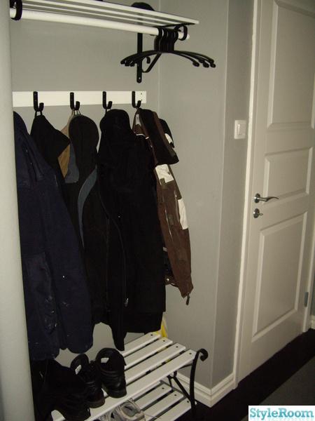 klädhängare,skoställ,hall