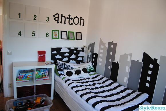 sänggavel,moln,svart,vitt,barnrum